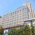 西安大雁塔亚朵酒店