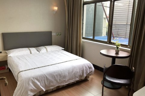 99优选酒店(上海川沙妙境路店)
