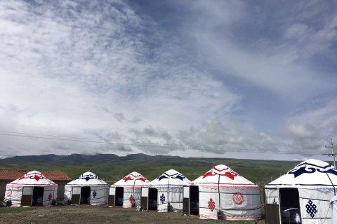 共和青海湖圣地牧家民宿