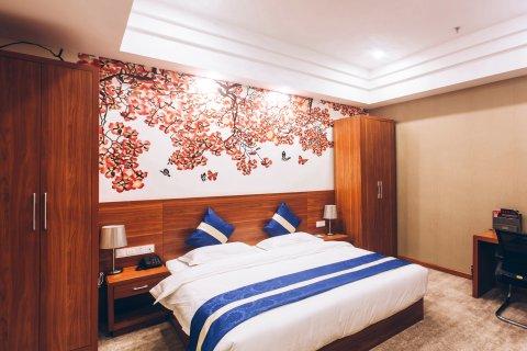 赤峰昊酒店
