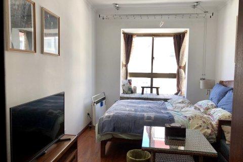 拉萨一只黑公寓(当热东路与夺底路南段交叉口分店)