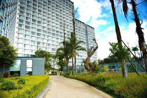 玉溪澄江半山半海带泳池酒店式公寓