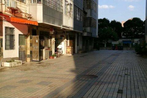 广州别具大单间-彩虹居普通公寓