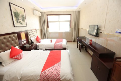 新郑龙湾商务酒店(原龙泉商务宾馆)