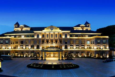 句容锦隆国际酒店