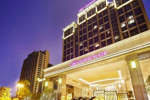 广州增城保利皇冠假日酒店
