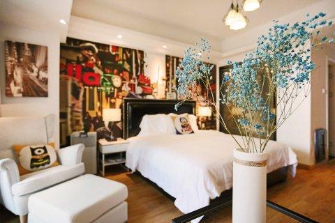 Soft bed设计师公寓(西安文理学院店)