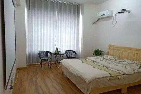 淄博约克主题公寓