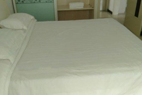滦州古城白色公寓