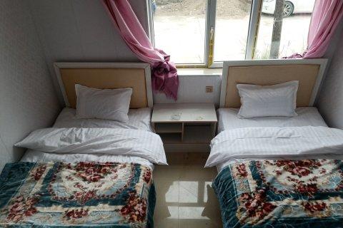 乌兰湖上人家家庭宾馆