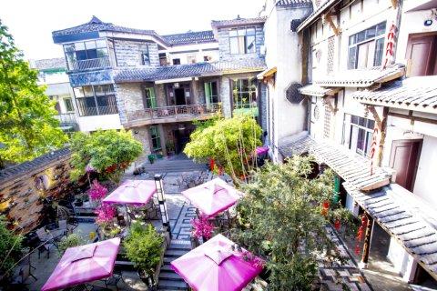 黄龙溪聚龙阁酒店