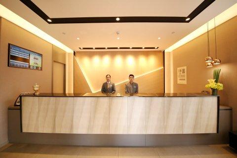 如家商旅酒店(郑州火车站二七广场地铁站店)