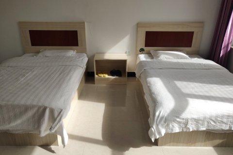 赤峰王俊芳公寓