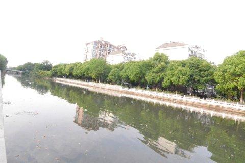 上海花桥馨家公寓(光明路站1号口分店)
