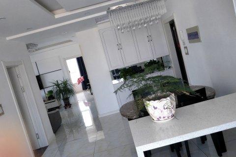 本溪邓秋公寓(滨河西路分店)