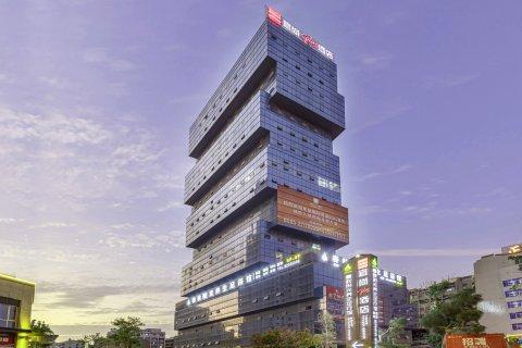 宜尚PLUS酒店(泉州万达广场店)